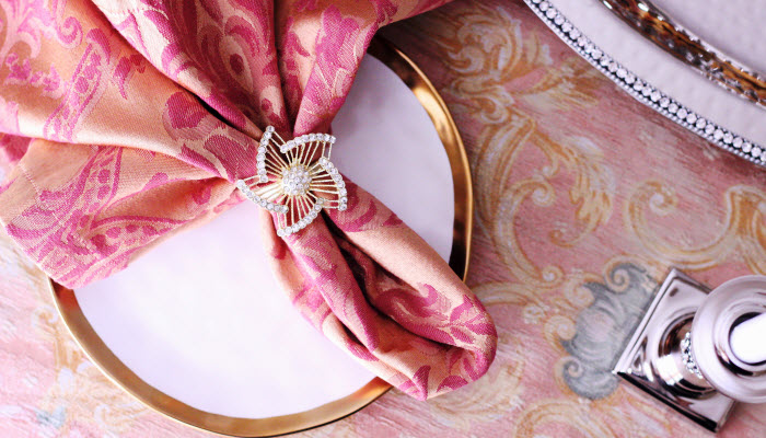Gold Jeweled Pinwheel Napkin Rings
