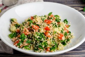 couscous with spinach onions and tomatoes