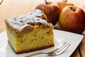 glorias apple cake