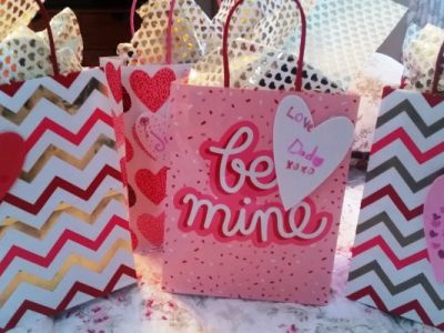 family-valentine-bags