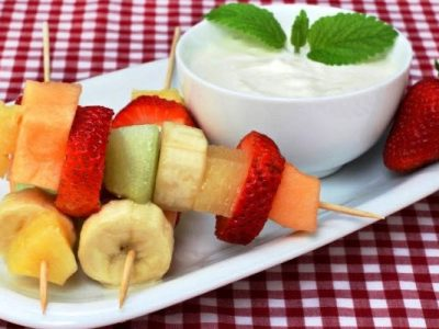 fruit kebabs with honey yogurt dip