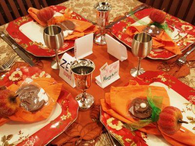 kids-roh-hashanah-table