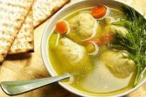mom's kosher matzoh ball soup