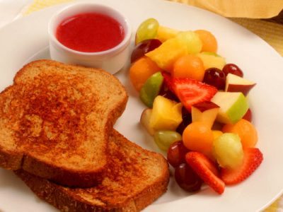 orange cinnamon french toast with strawberry sauce healthy options