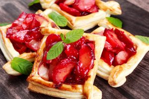 plum tarts with puff pastry