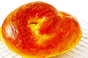 round challah from The Jewish Kitchen