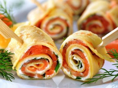 smoked salmon and cream cheese spirals