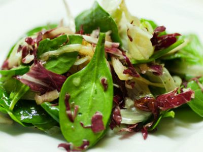 tossed green salad with herb  vinaigrette